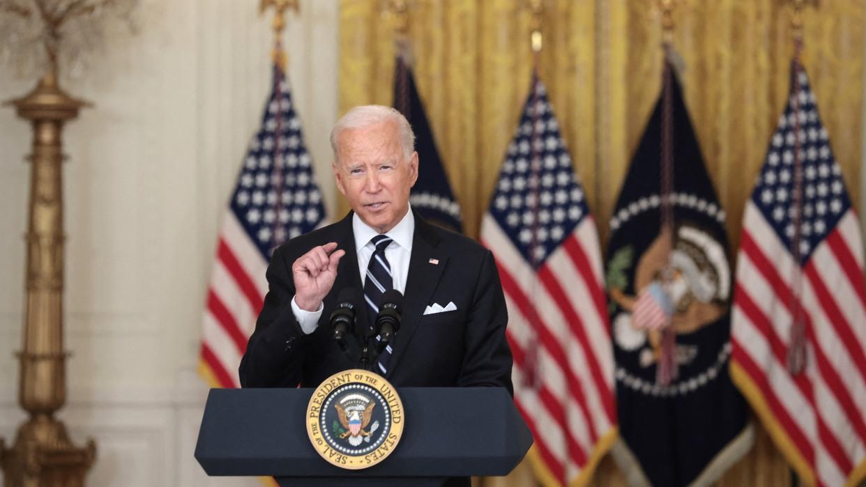 Biden recortará impuestos para familias de clase media