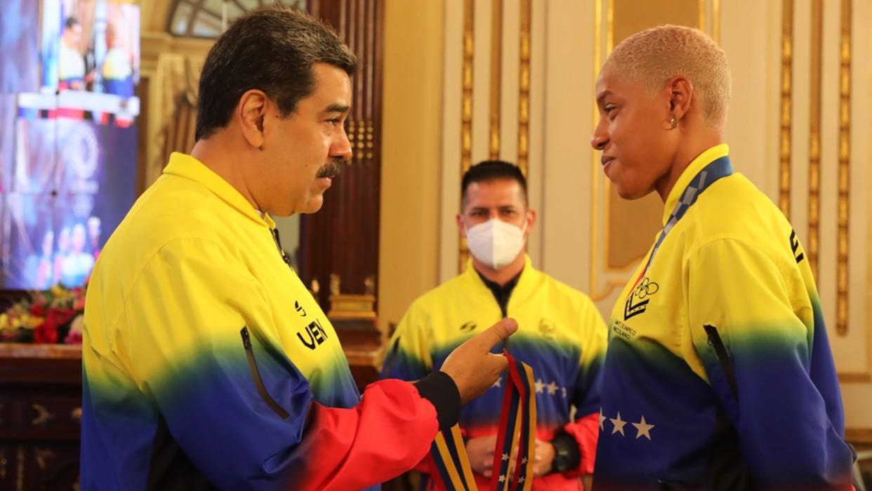 Presidente Maduro tras recibir a Yulimar Rojas: Venezuela está en un buen momento deportivo