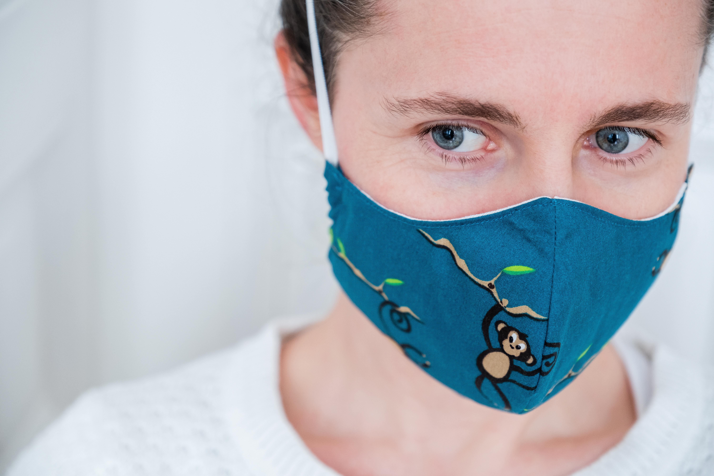 OMS aconseja uso de mascarillas de tela en lugares donde no se asegure el distanciamiento