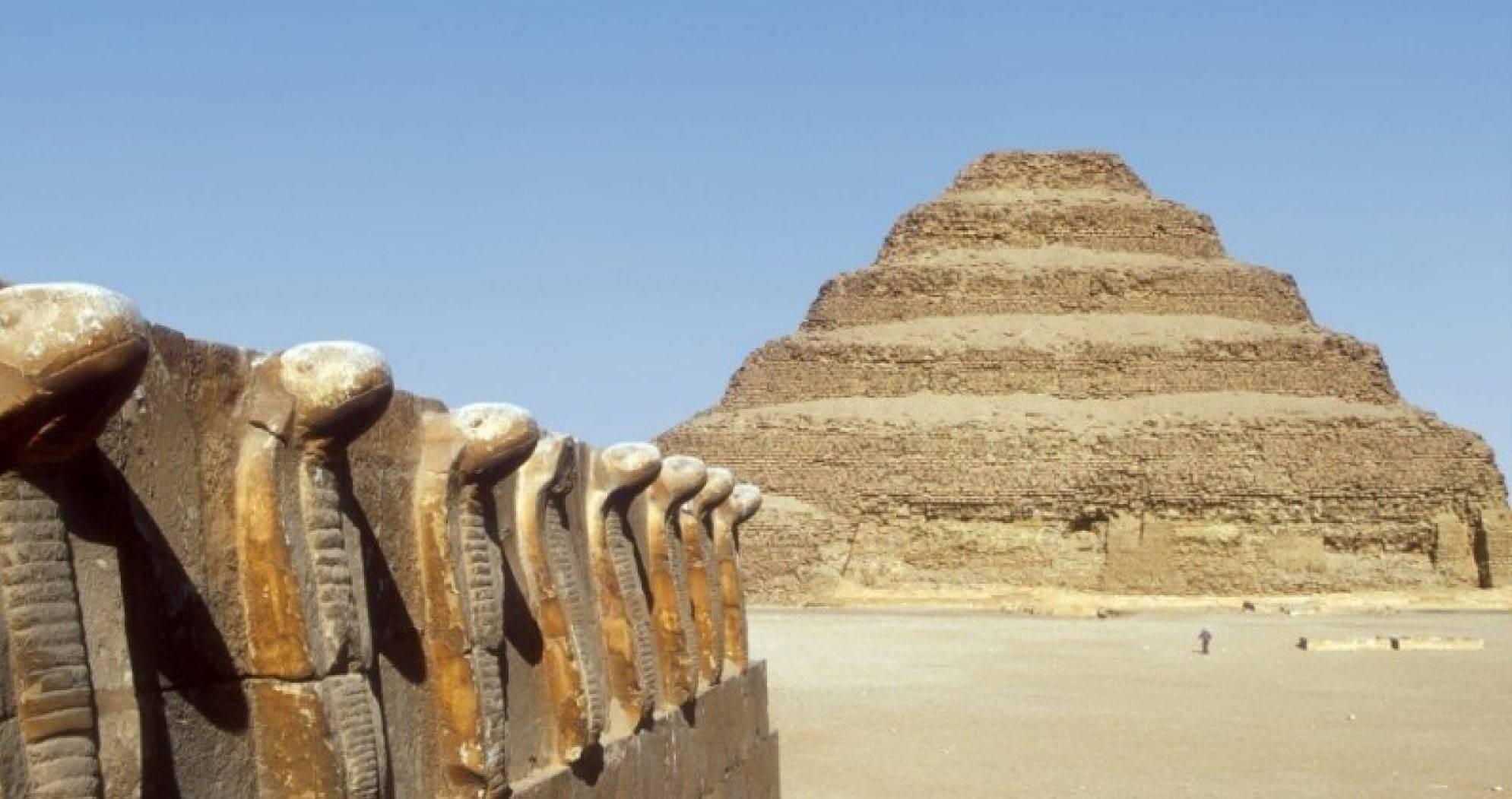 Descubren 14 sarcófagos de hace 2.500 años en Egipto