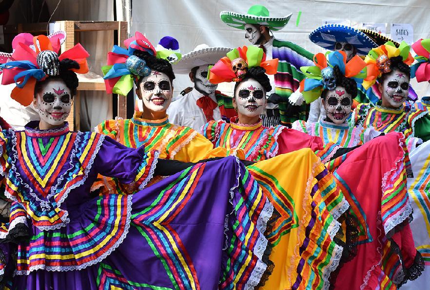 Fiesta mexican@!!! - Página 2 Fiesta-muertos-catrinas